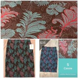 BNWT Lularoe LLR Feather Cassie Skirt In Size S