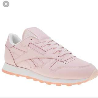 Reebok Pale Pink Runners