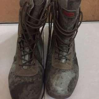 war game 鞋 原價$400