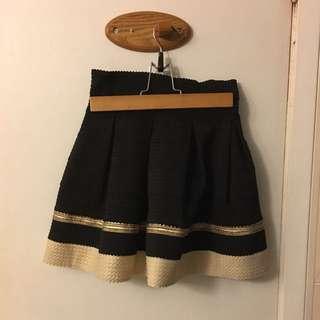 Black miniskirt Size S