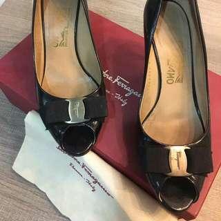 Authentic Salvatore Ferragamo Ribes 70 Shoes