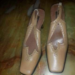Sepatu Heels Merk Zolo Ori