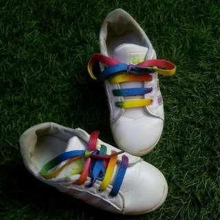 Sepatu Anak Superstar