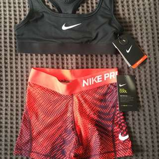 Nike Sports Crop And Shorts