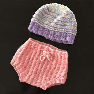 Handmade Newborn Baby or Doll Knit Beanie & Bloomers / Nappy Cover