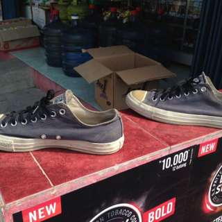 Converse Navy Size 43