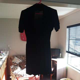 Gleason Size 12 Black Stretchy Waist Dress