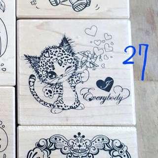 🚚 27.micia楓木印章-愛心豹紋貓stamp#H159