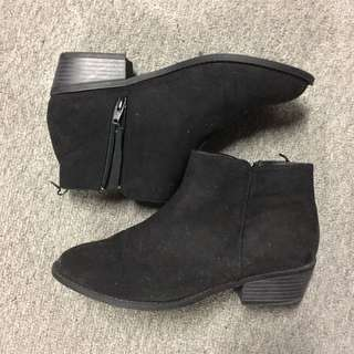 Hm Low Heel Boots Black 39