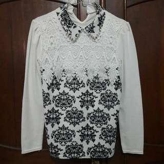 Shirt Putih Bermotif