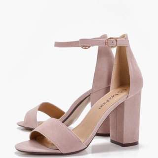 Dusty Pink Block Heels 💋