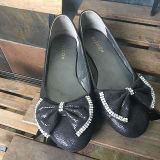 Passion Black Ribbon Flats