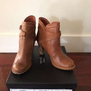 BNWB Seed Ankle Boots - Size 38