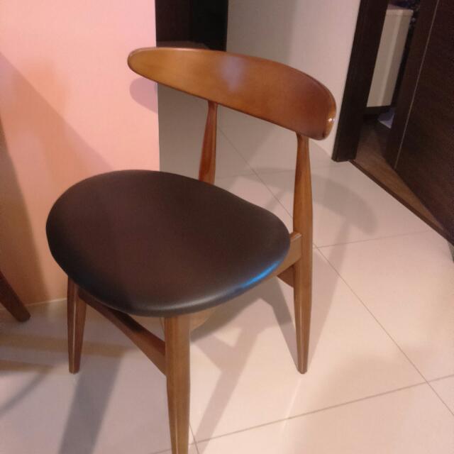 圓弧木頭皮面歐風椅