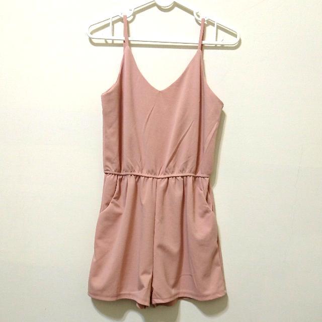 粉紅背心連身褲