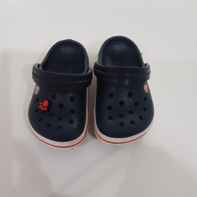 Crocs學步鞋