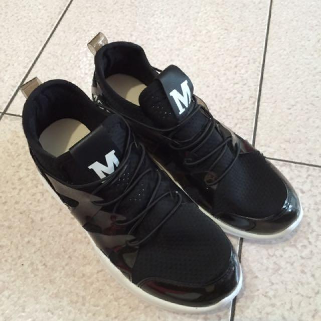 韓版鞋款 適合23公分的腳