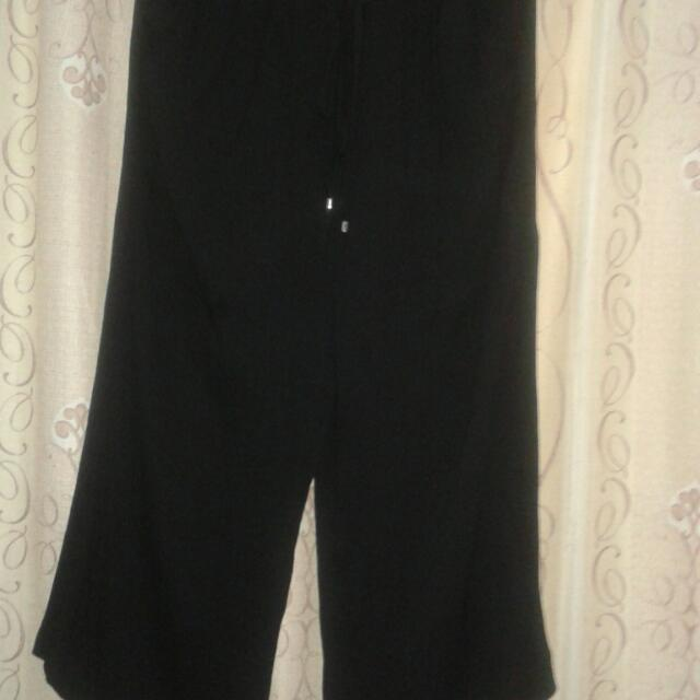 Authentic Zara Square Pants