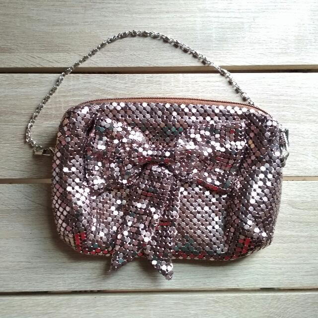 Bow Sequin Clucth