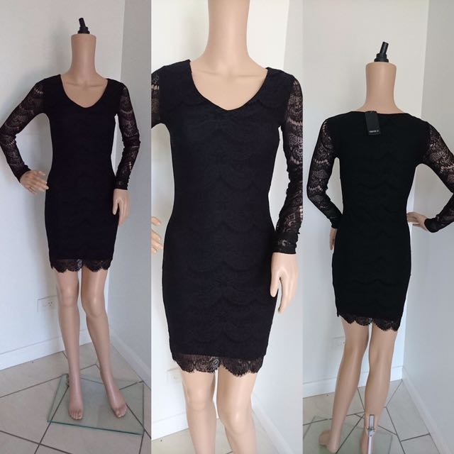 BRAND NEW FOREVER21 LONGSLEEVES LACE DRESS