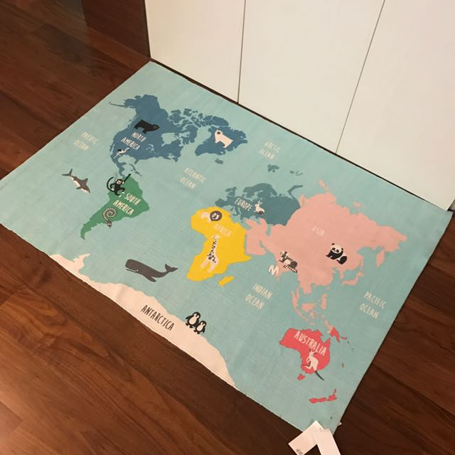 Cute world map hm home floor rug furniture home decor on carousell gumiabroncs Gallery