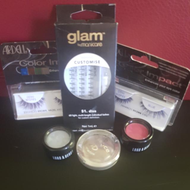 False Eyelashes 2 Pack With 1 Pack Individual Lashes 3 Eyeshadow
