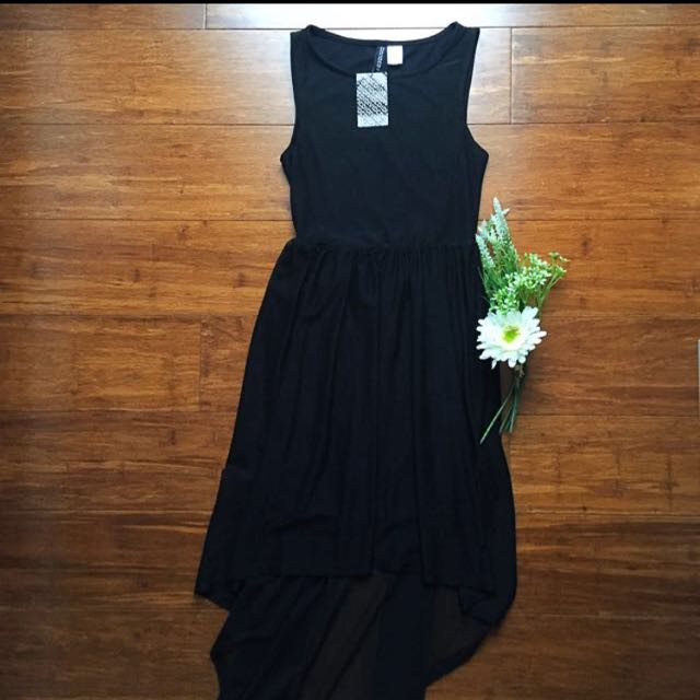 H&M Black Dress (long Back)