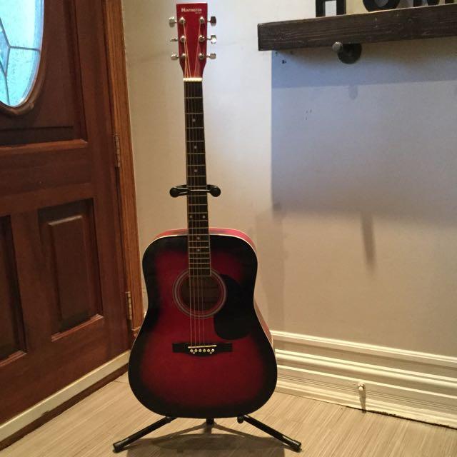 Huntington Guitar With Stand