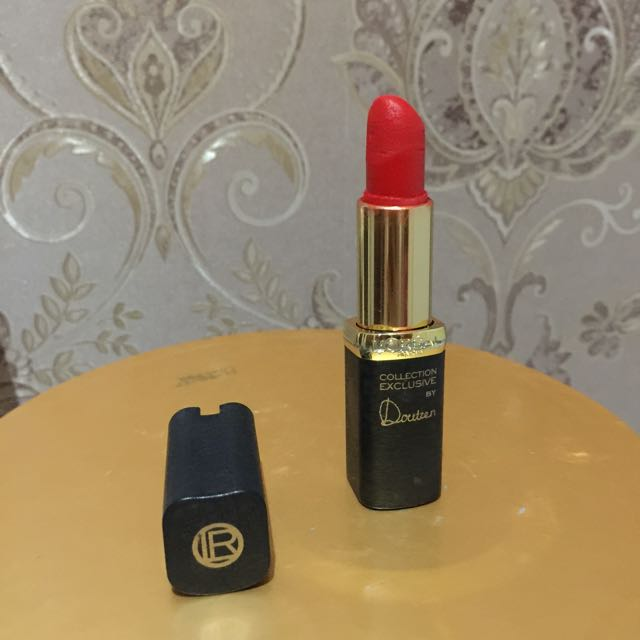 Loreal Collection Executive By Doutzen (Pure Red)