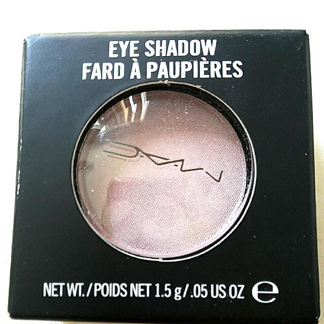 Mac Seedy Pearl Frost Eye Shadow