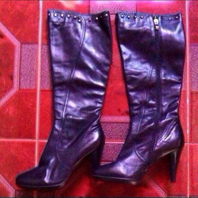 Make An Offer (boots From HK)