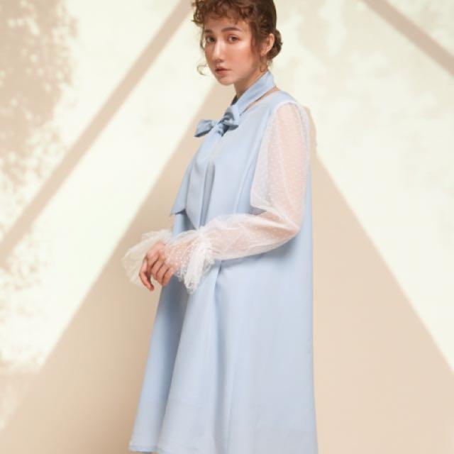 Marjorie 星星島,圓點蕾絲冰藍色傘狀甜美洋裝(附綁帶)