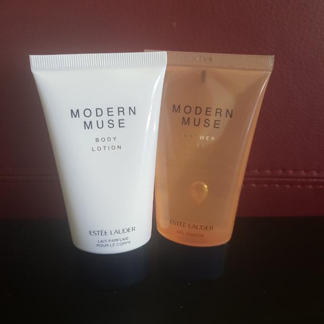 Modern Muse Shower Gel And Moisturiser 75ml