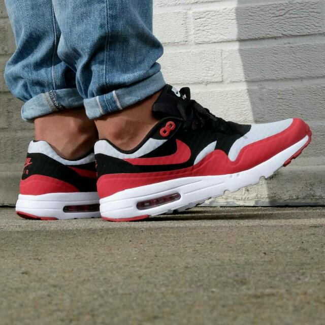 NIKE AIR MAX 1 ULTRA ESSENTIAL (Pure Platinum Gym Red