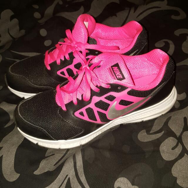 Nike Downshifter Runner Black/Pink/White