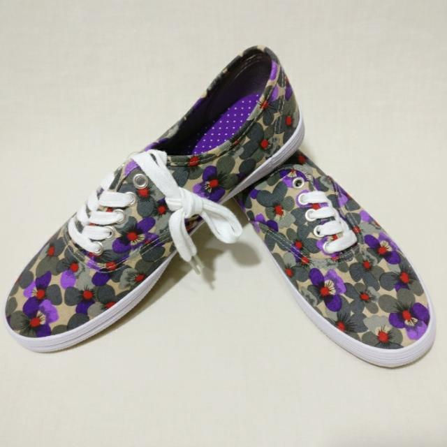 Payless Dark Purple/Floral Classic Sneakers