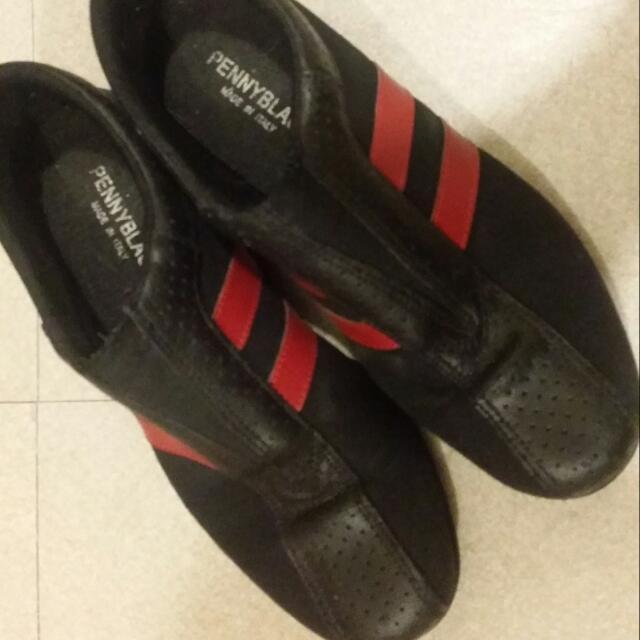 Penny In Black Italian Shoes