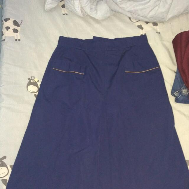 rok biru dongker
