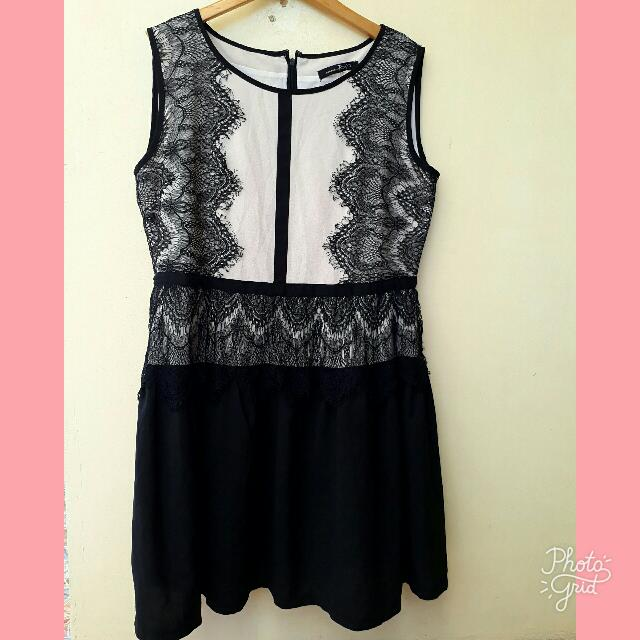 Scallop Lacy Dress