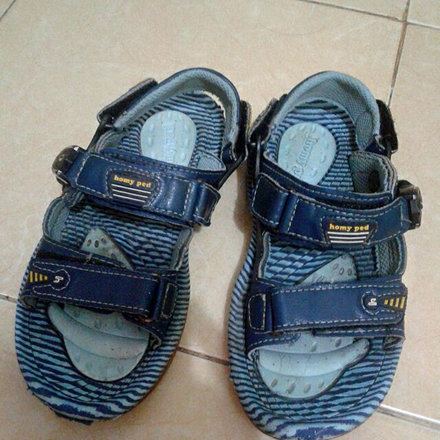 Sendal Anak Cowo Men S Fashion Men S Footwear On Carousell
