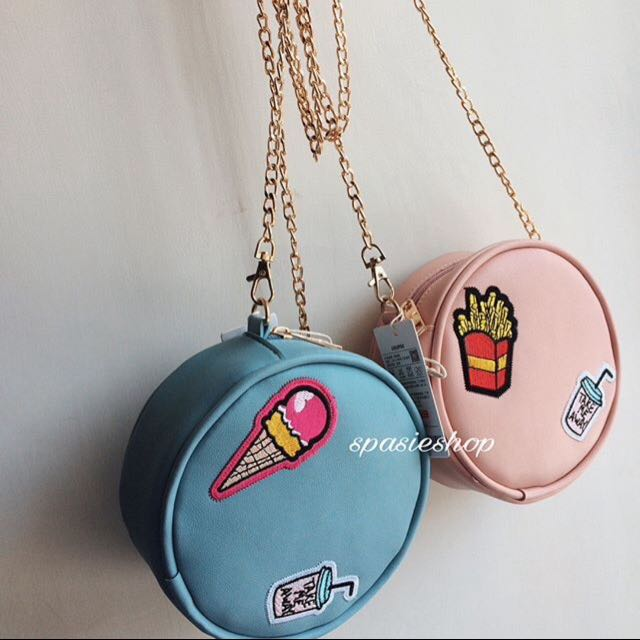 Slingbag with patches (Baby Blue)
