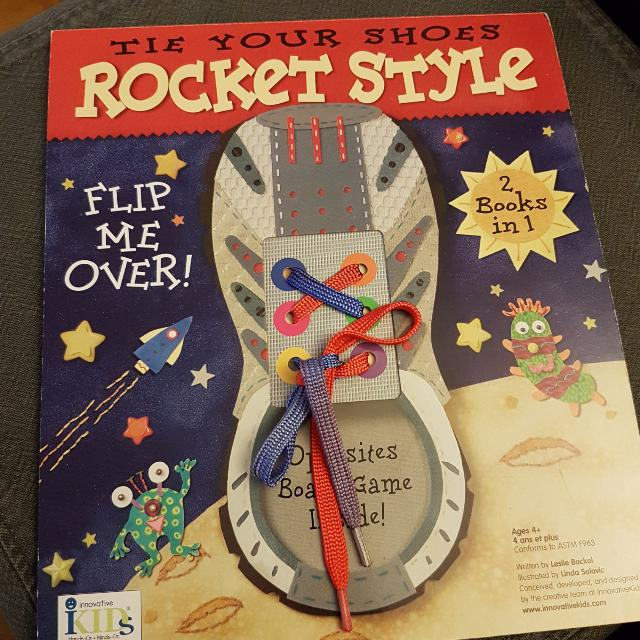 Tie Your Shoes - Rocket Style (Board Book)