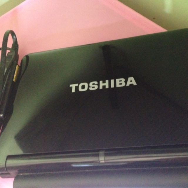 Toshiba NB205 (black)