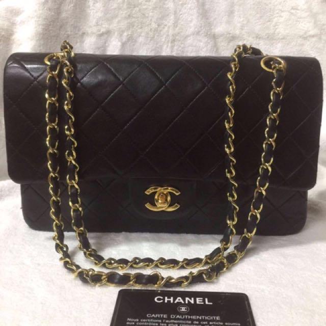 Vintage Chanel Medium 2.55 GHW