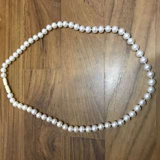 Pearl Necklace (authentic)