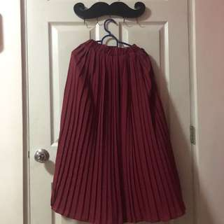 Long Pleated Skirt (Free Size)