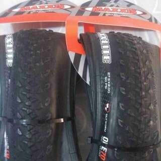 100% NEW MAXXIS MAXXLITE 27.5x2.0 ULTRALIGHT TIRES 超輕外呔