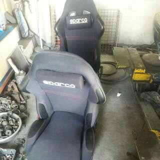 賽車椅2張