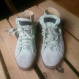 Hi Top League Sneakers