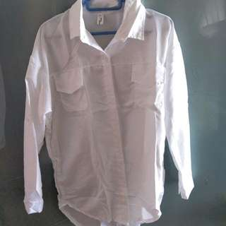BN Without tag Loose Shirt